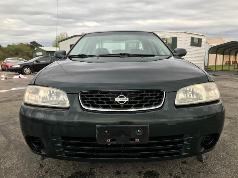 Nissan Sentra 2001 price $2,451