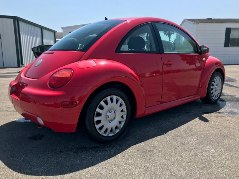Volkswagen New Beetle Coupe 2003 price $2,750
