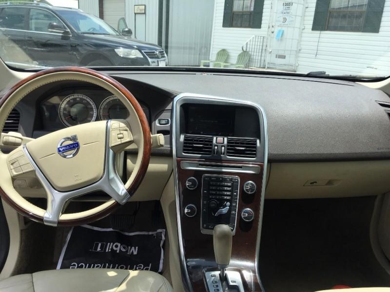 Volvo XC 60 2012 price $7,995