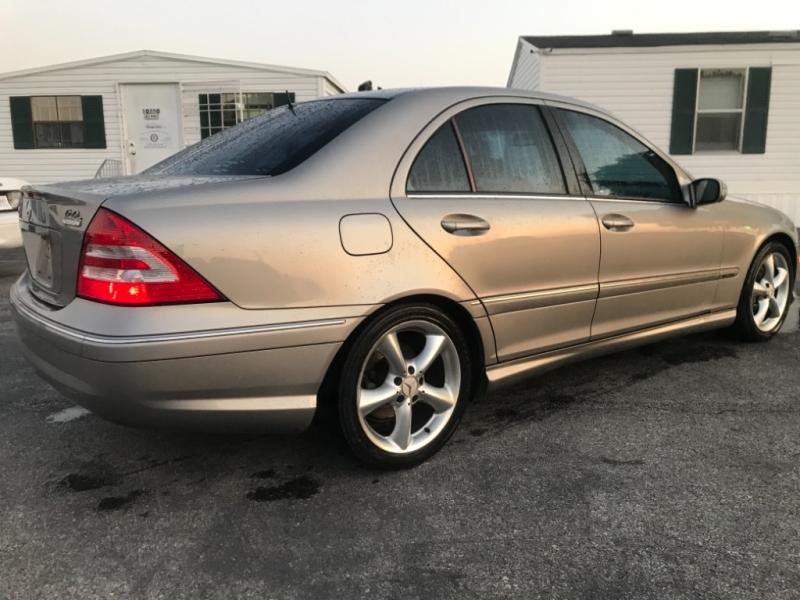 Mercedes-Benz C-Class 2006 price $4,800