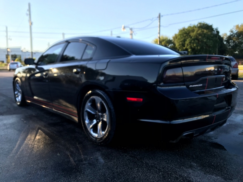 Dodge Charger 2011 price $6,990