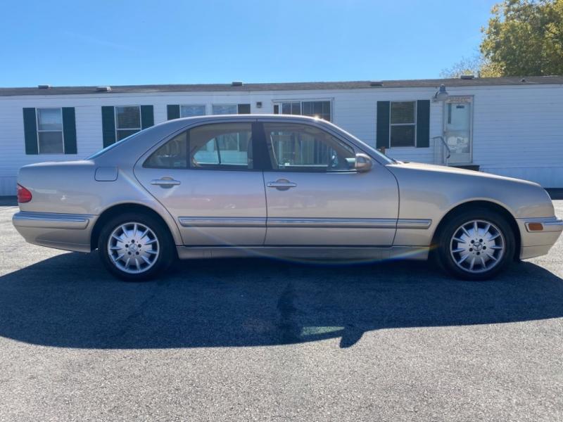 Mercedes-Benz E-Class 2001 price $4,799