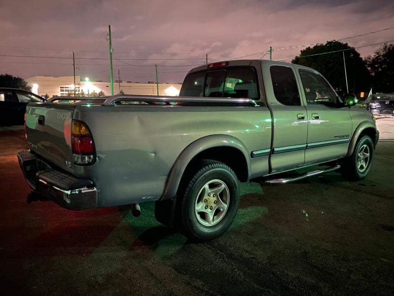 Toyota Tundra 2000 price $4,490