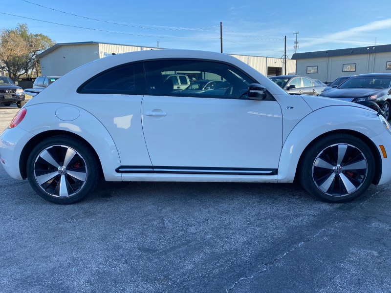 Volkswagen New Beetle Coupe 2014 price $7,990