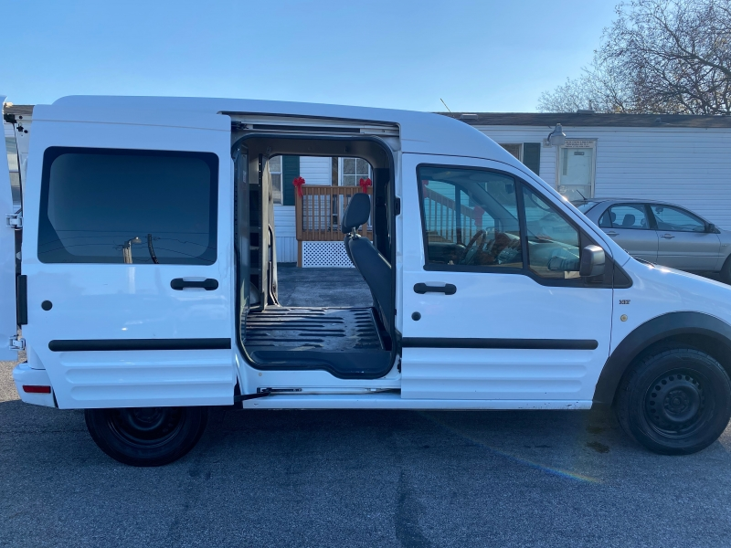 Ford Transit Connect 2013 price $8,598