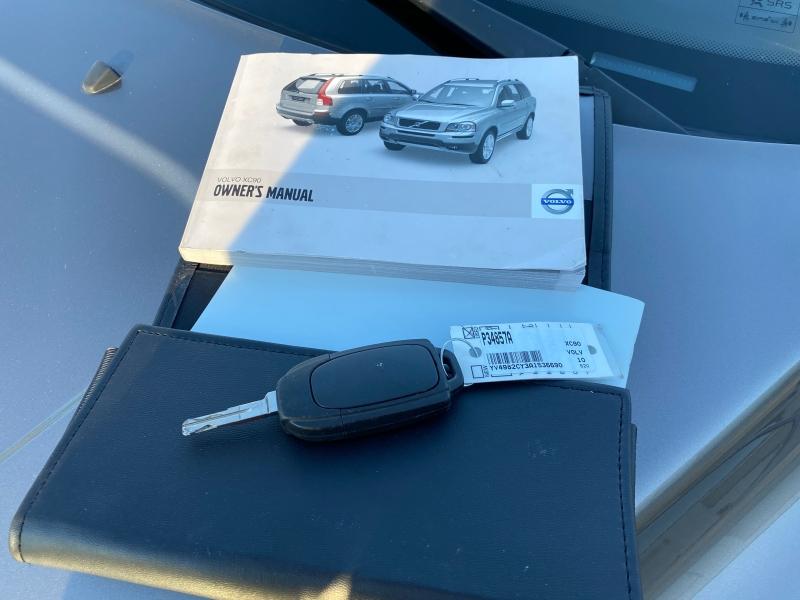 Volvo XC 90 2010 price $6,888