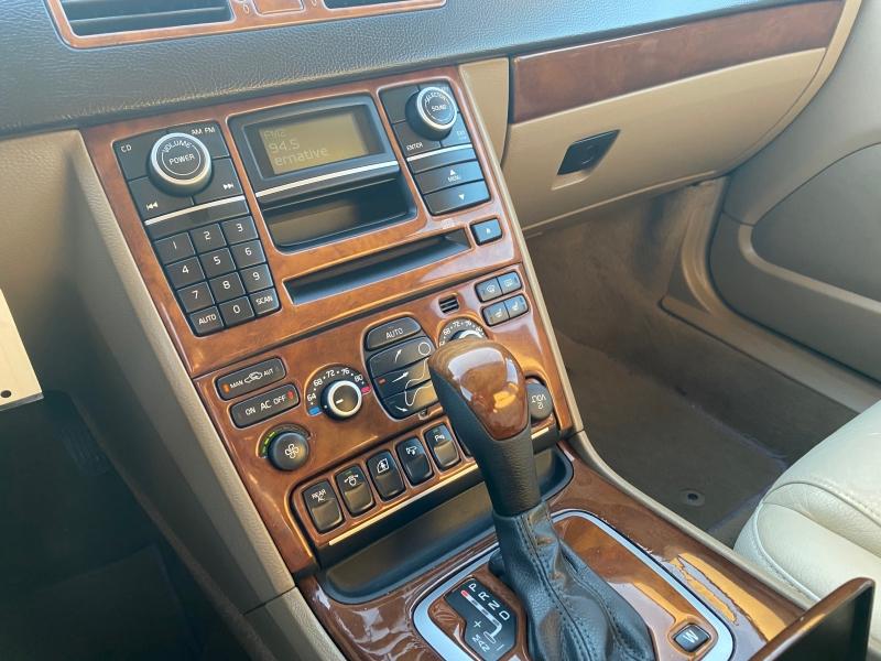 Volvo XC 90 2008 price $7,500