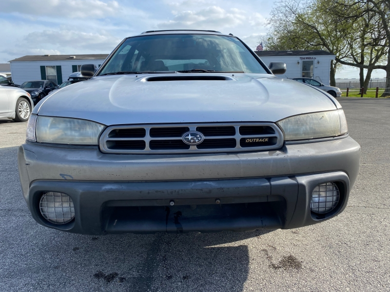 Subaru Legacy 1999 price $2,500