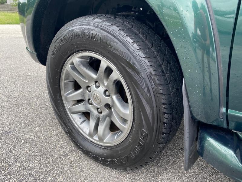 Toyota Sequoia 2003 price $3,995