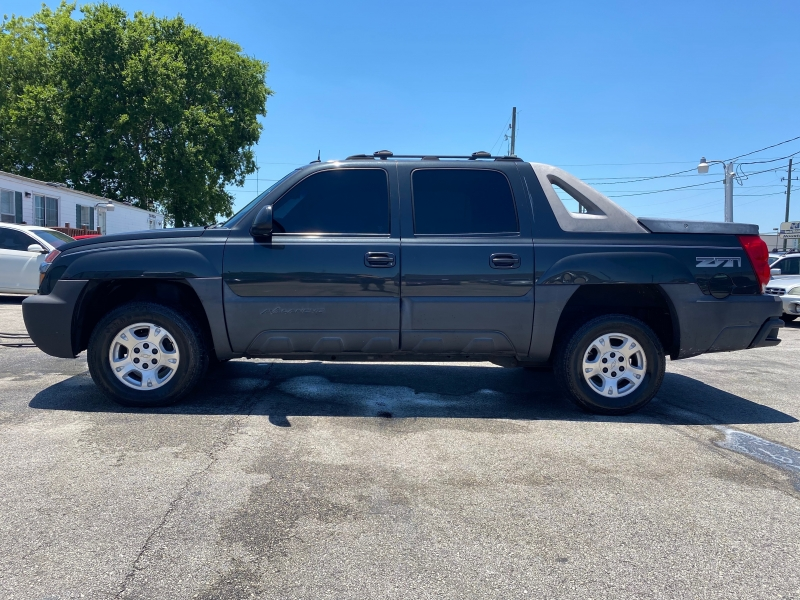 Chevrolet Avalanche 2004 price $7,595