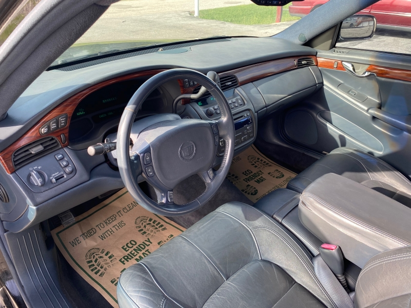 Cadillac DTS Professional 2005 price $4,995