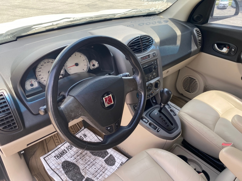 Saturn VUE 2004 price $4,950