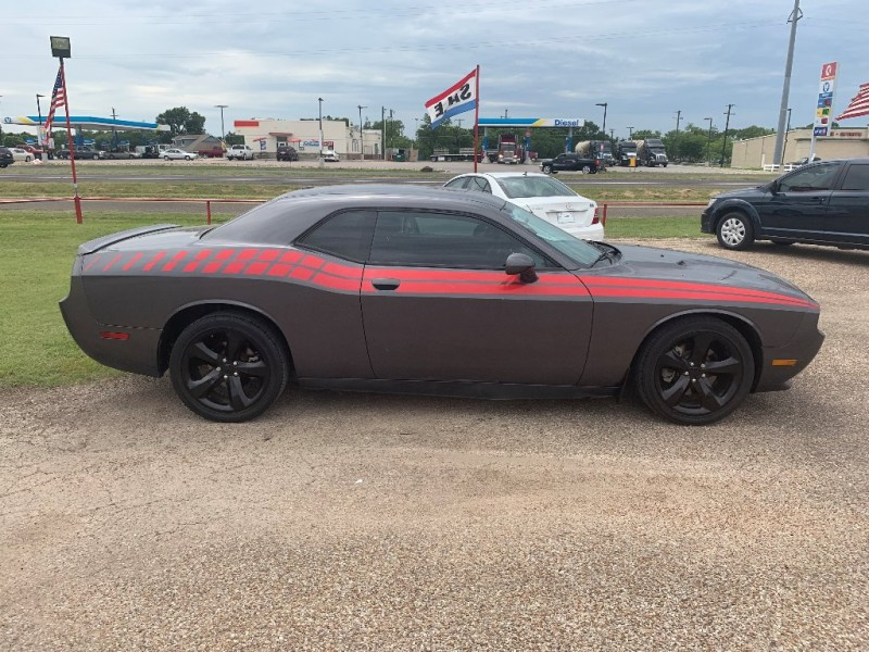 Dodge Challenger 2013 price $14,995