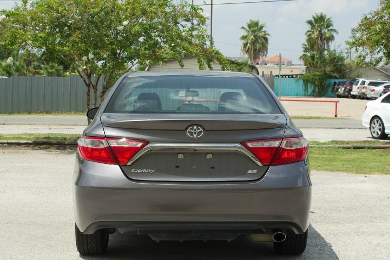 Toyota Camry 2016 price $16,500