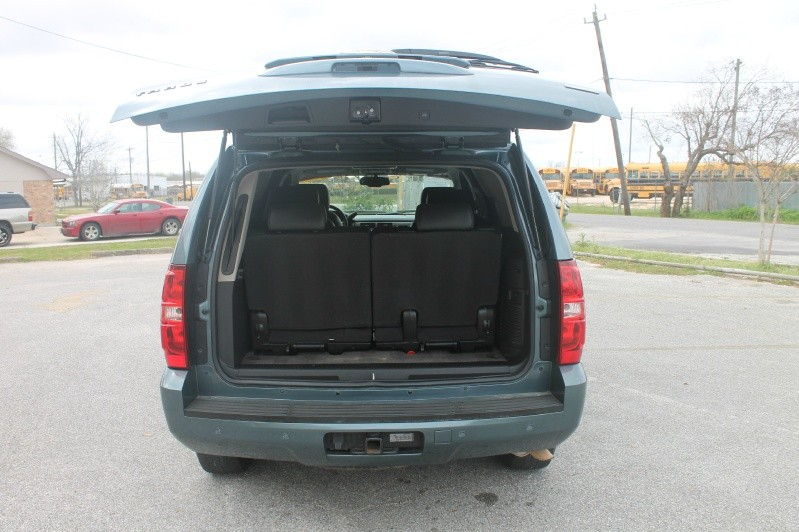 Chevrolet Tahoe 2009 price $14,000