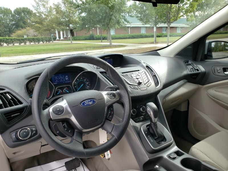 Ford Escape 2013 price $9,650