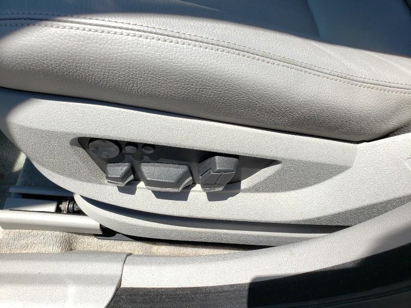 BMW 5 Series Gran Turismo 2011 price $13,100