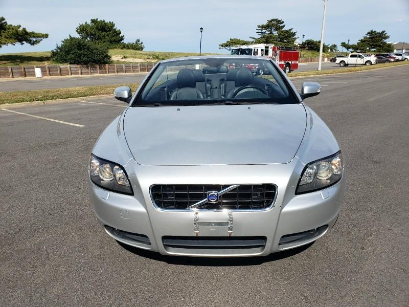 Volvo C70 2009 price $9,900
