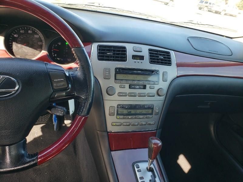 Lexus ES 330 2005 price $3,900