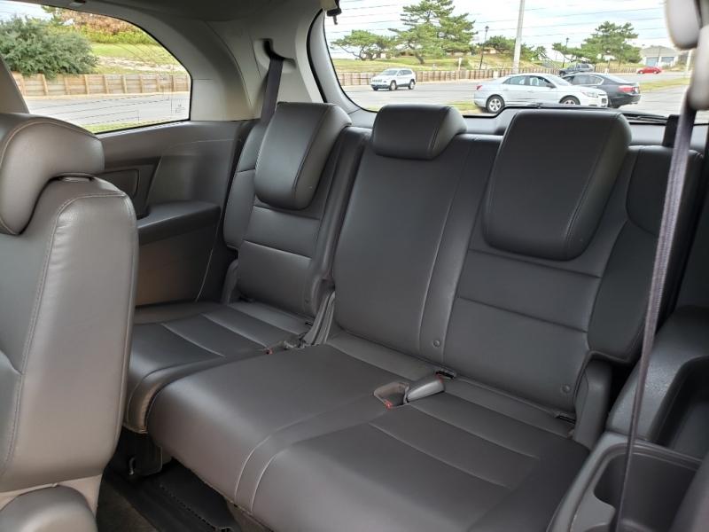 Honda Odyssey 2011 price $10,600