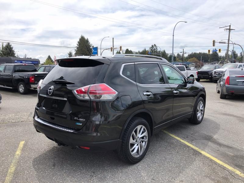 Nissan Rogue 2015 price $18,888