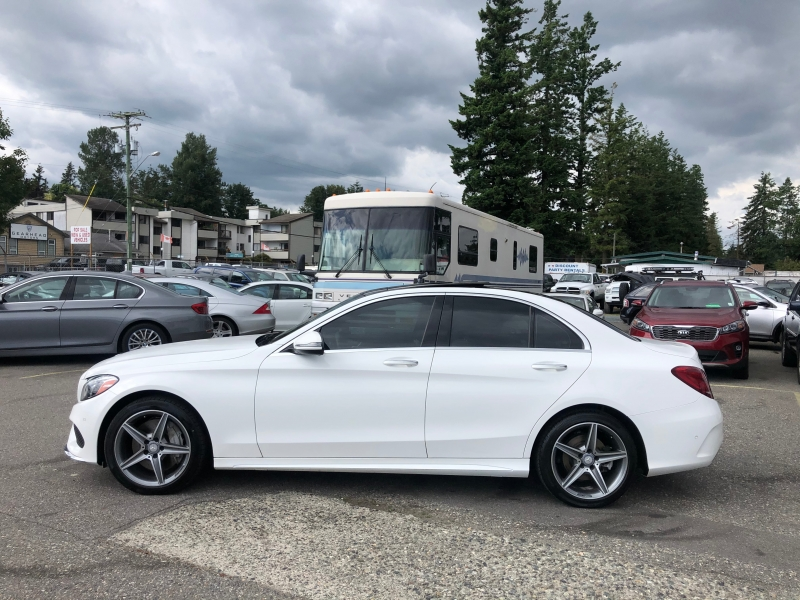 Mercedes-Benz C-Class 2016 price $28,995