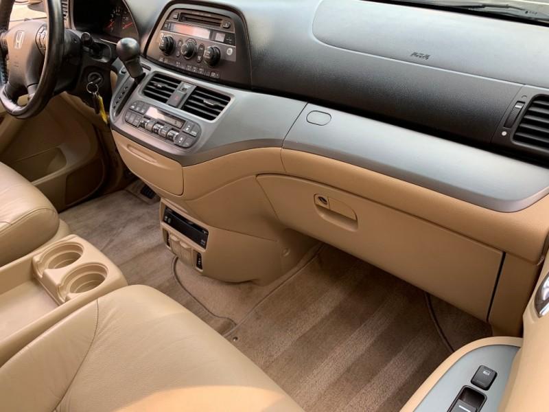 Honda Odyssey 2005 price $6,199