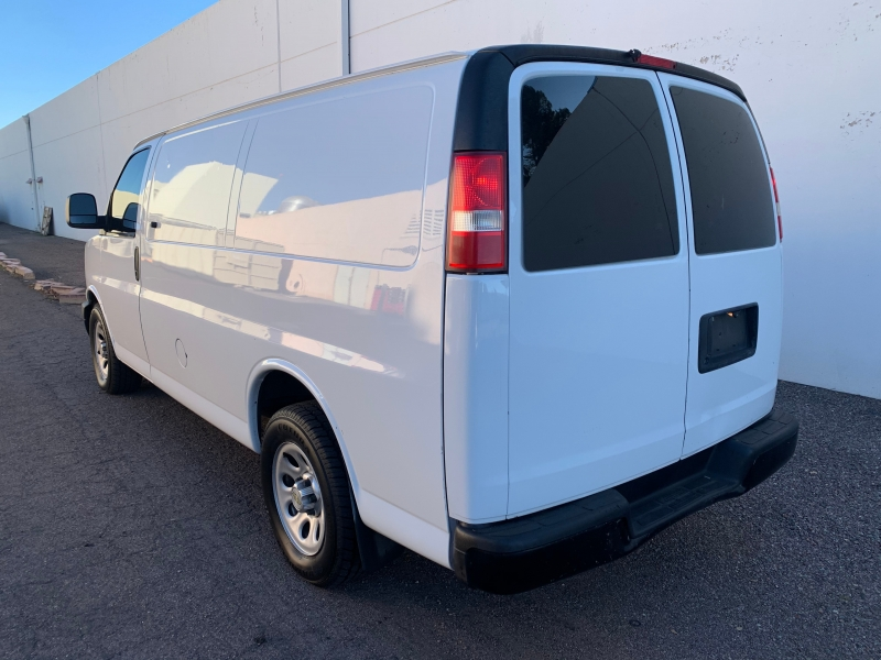 Chevrolet Express Cargo Van 2011 price $9,999