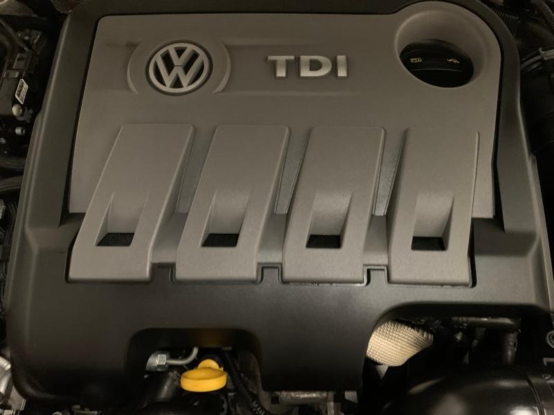 Volkswagen Passat 2014 price $12,999