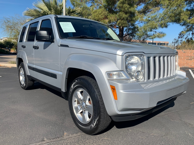 Jeep Liberty 2012 price $7,899