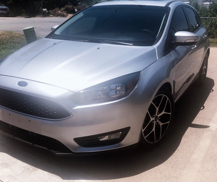 Ford Focus 2018 price $10,499