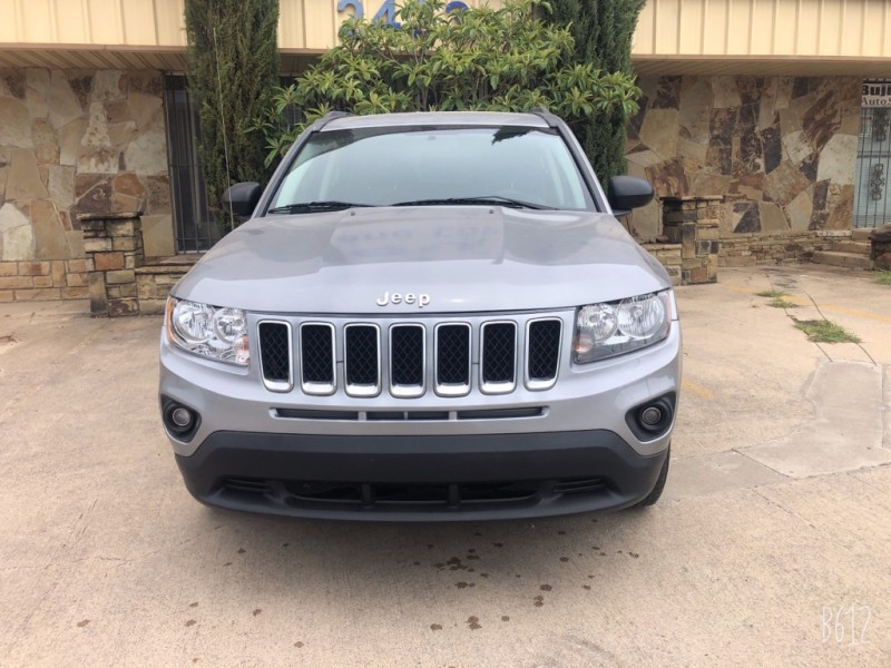 Jeep Compass 2014 price $8,499