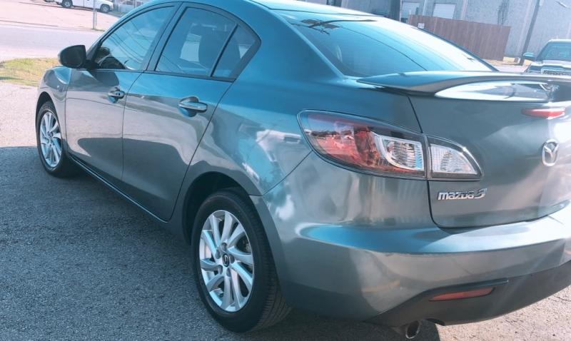 Mazda Mazda3 2013 price $7,499