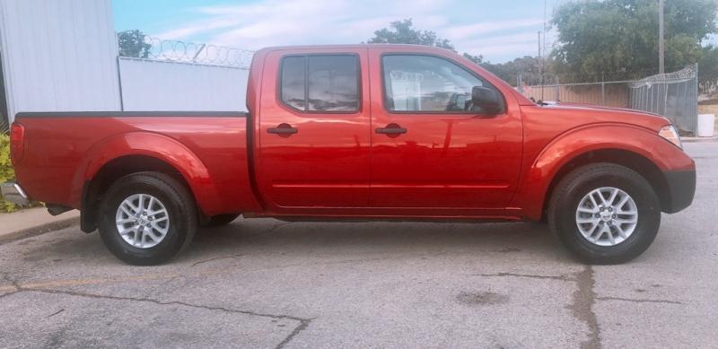 Nissan Frontier 2018 price $16,999