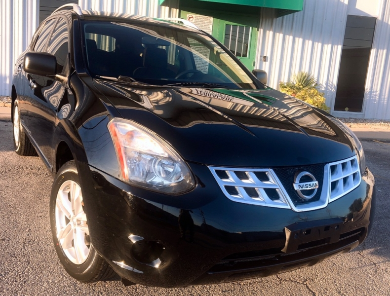 Nissan Rogue Select 2015 price $9,999