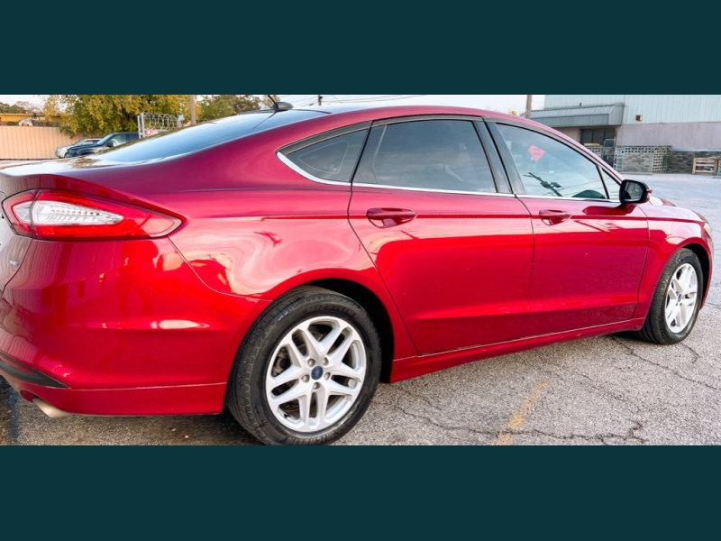 Ford Fusion 2016 price $9,499