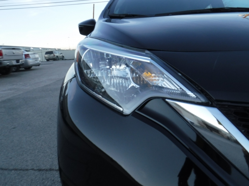 Nissan Versa Note 2017 price $9,499