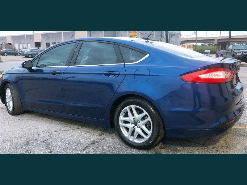Ford Fusion 2016 price $10,999