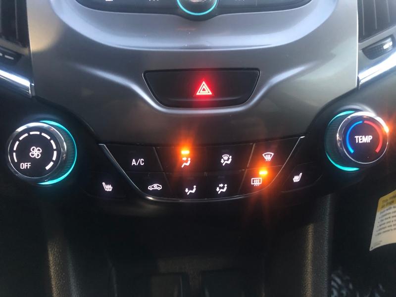 Chevrolet Cruze 2018 price $12,999