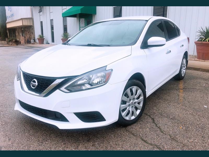 Nissan Sentra 2019 price $11,999