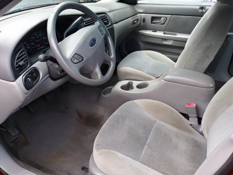 FORD TAURUS 2001 price $2,992