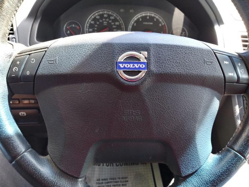 VOLVO XC90 2006 price $5,499