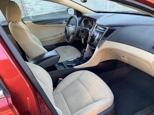 Hyundai Sonata 2013 price $6,946