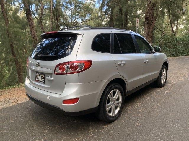 Hyundai Santa Fe 2012 price $9,285
