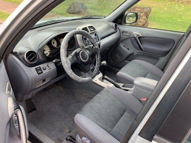 TOYOTA RAV4 2002 price $3,000