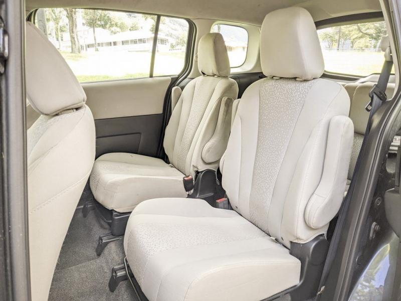 MAZDA 5 2012 price $3,999