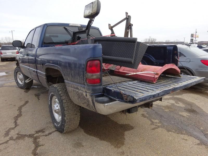 Dodge Ram 2500 2002 price $5,495
