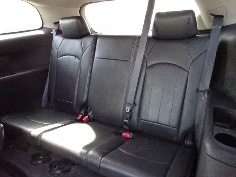 Buick Enclave 2009 price $8,195