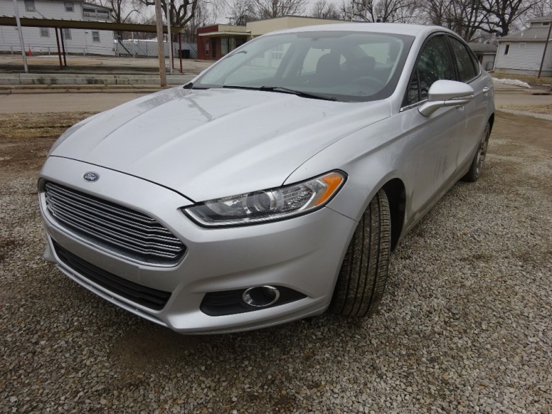 Ford Fusion 2015 price $9,895