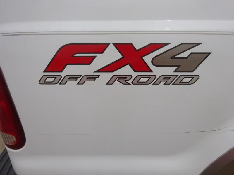 Ford Super Duty F-250 2005 price $9,795